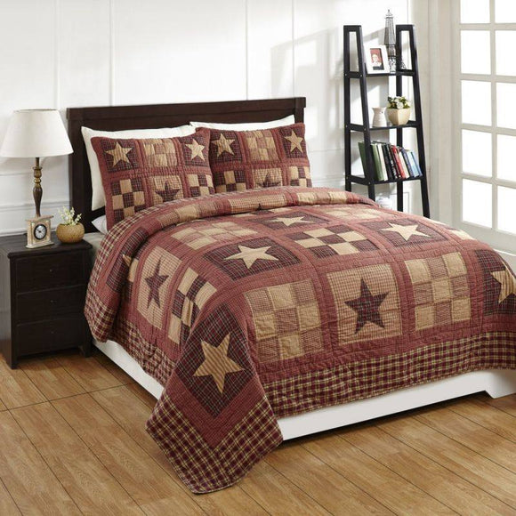 Bradford Star Queen Quilt and Shams Set