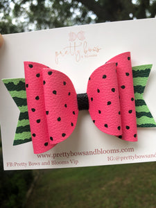 MEDIUM ONE IN A MELON BOW
