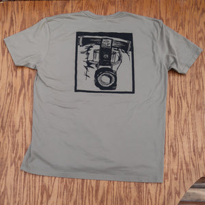The Hip Clip™ Mens T-Shirt _ illustrated Back / vert logo