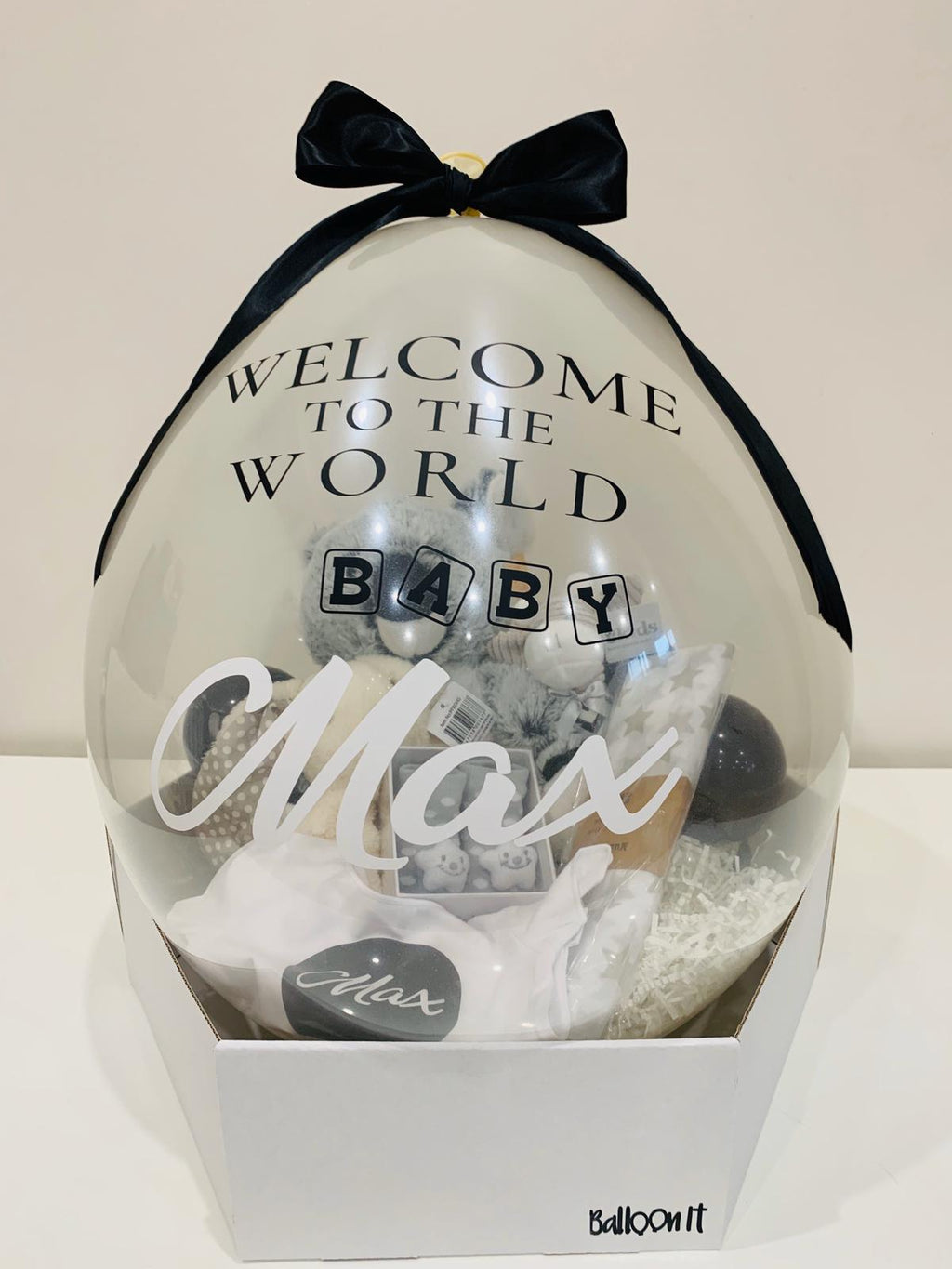 New Baby personalised balloon gift