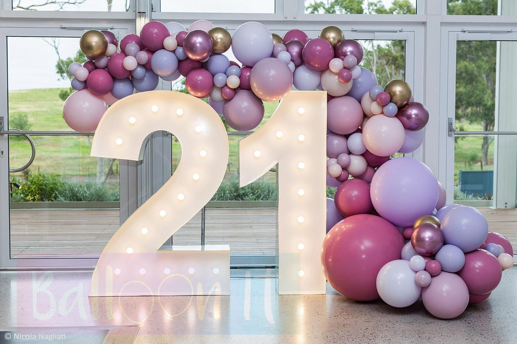 Balloon Arches and Organic Garlands