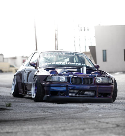 STREETFIGHTER LA BMW E36 Widebody Kit