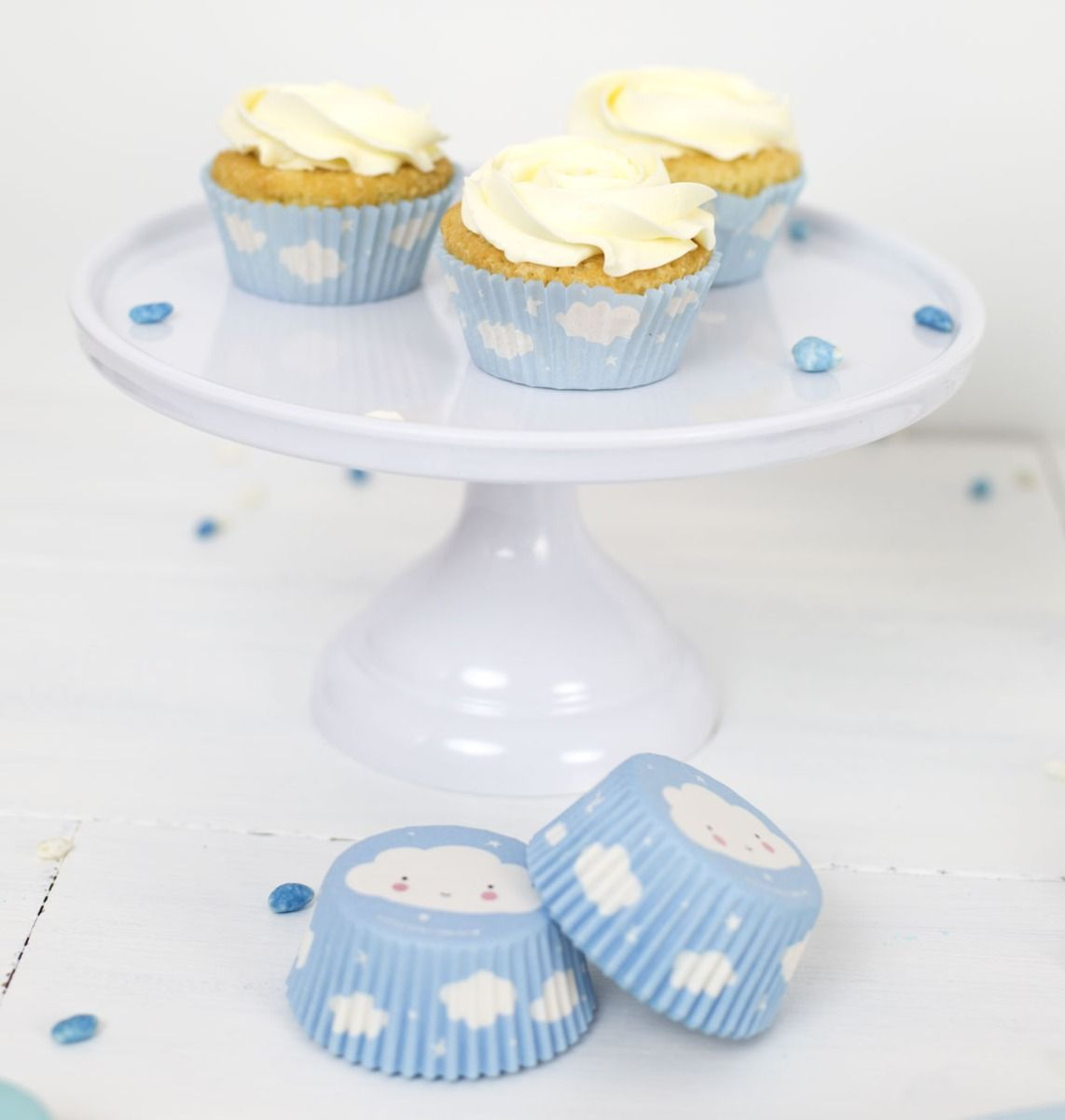 WHITE CAKE STAND, SMALL