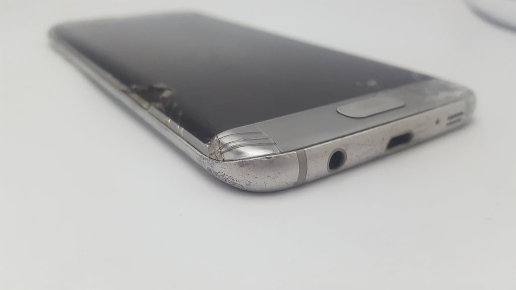 Samsung Galaxy S7 Edge Silver - Cracked Screen - Great for Parts! SM-G935F