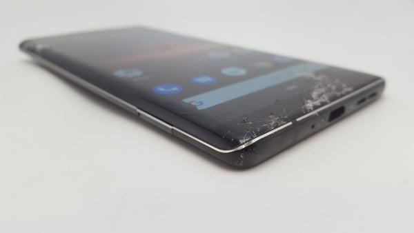 Nokia 8 Sirocco Black 128GB - Cracked Screen - Great for Spares!