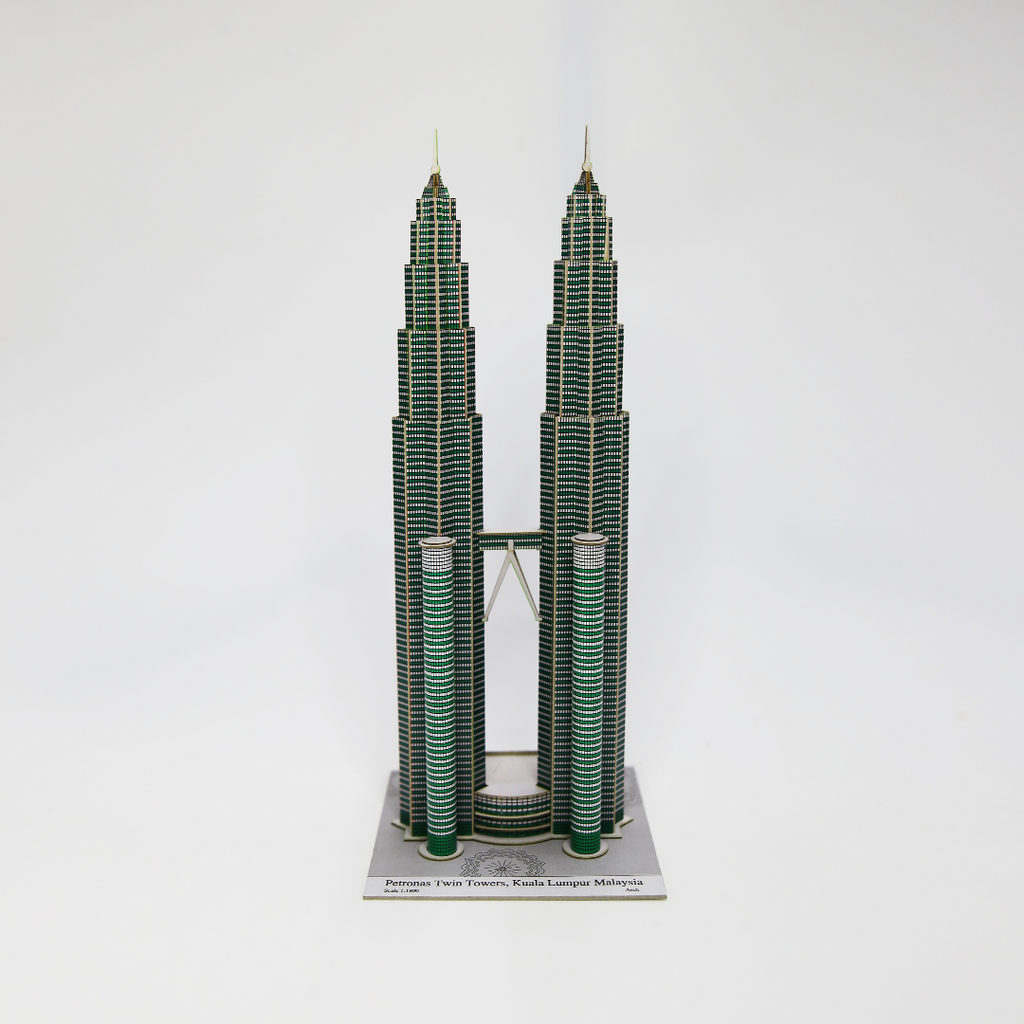 Build Your Own! Petronas Twin Towers Miniature Kit