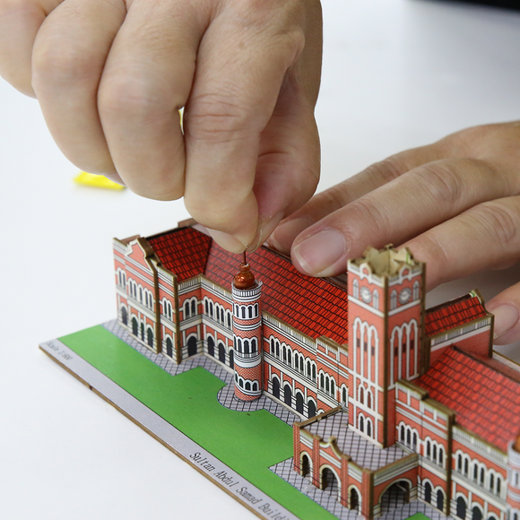 Build Your Own! Sultan Abdul Samad Building Miniature Kit
