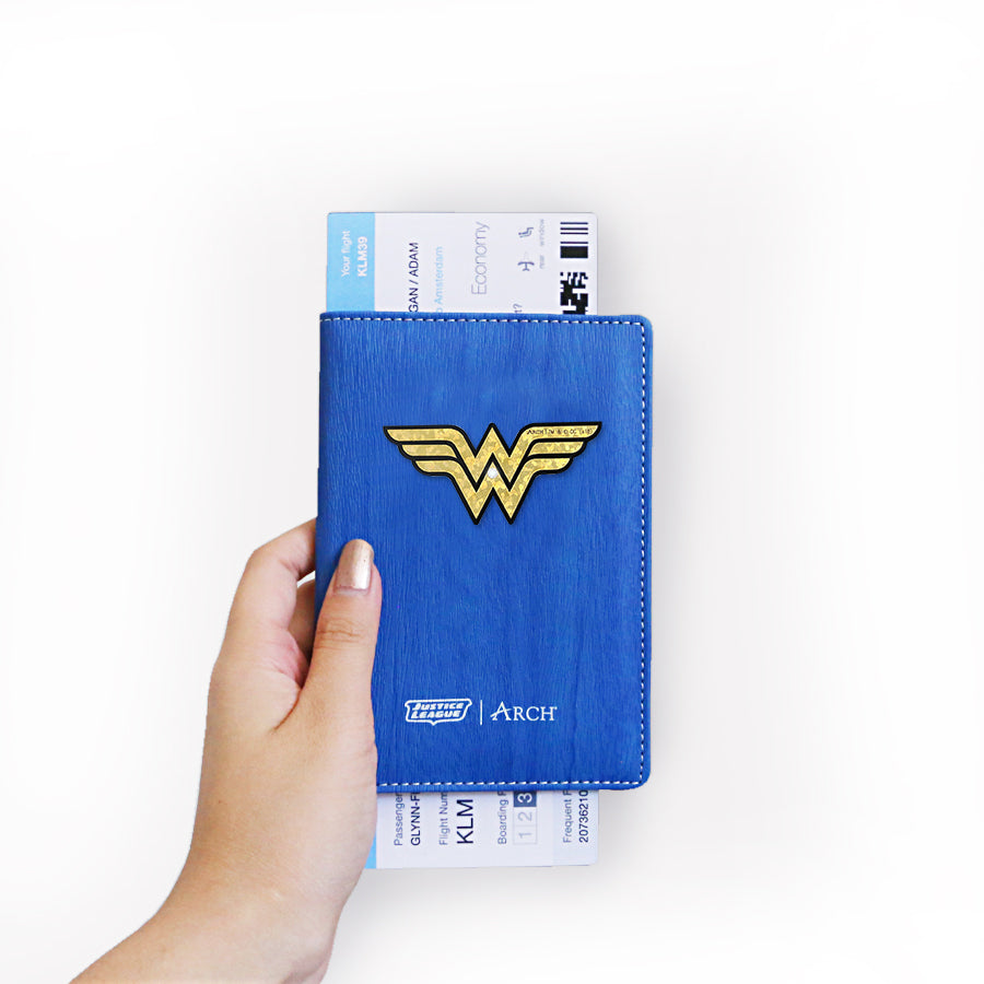Passport Holders - Wonder Woman Logo