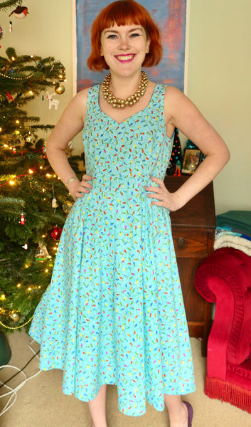 Crafty bloggers club rhiannons Christmas dress
