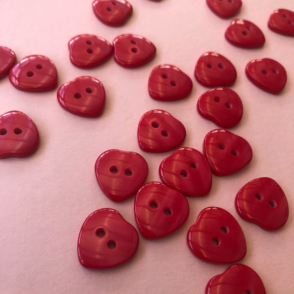 Red Hearts 16mm Buttons Pack of Five