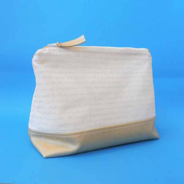 Working with Leatherette- Zipped Washbag