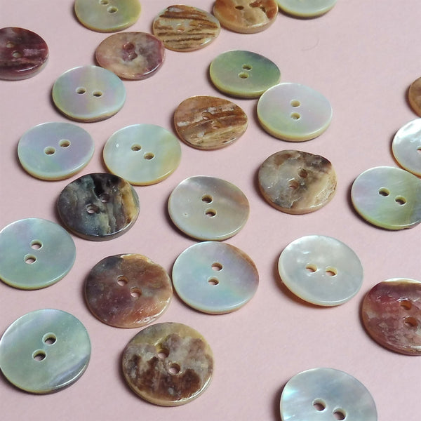 Shell Pearl 15mm Buttons Pack of Five