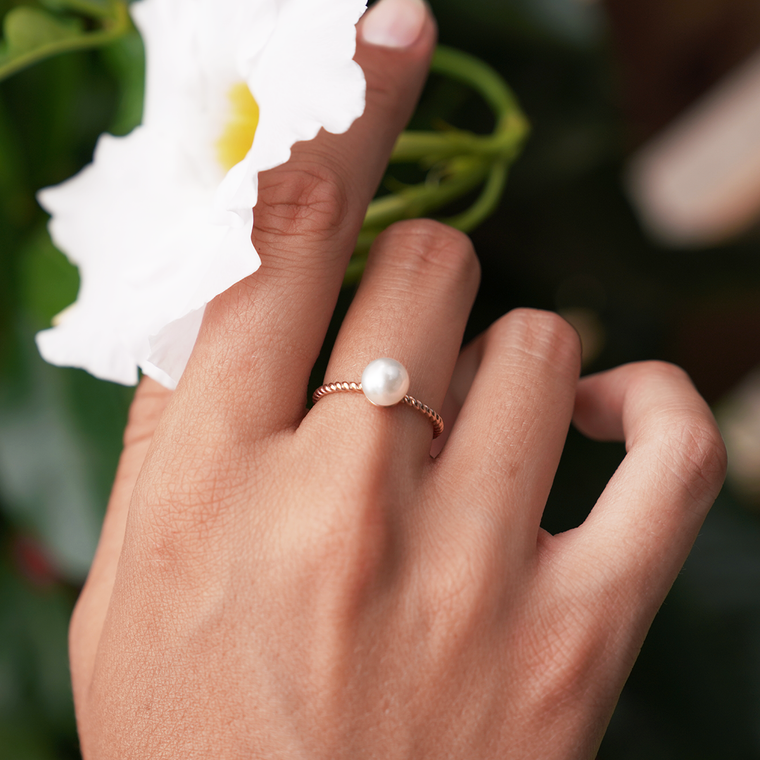 Pearl Ring, Rose Gold / in stock