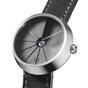22 DESIGN 4TH DIMENSION URBAN WATCH FRONT CLOSE UP - CW03002
