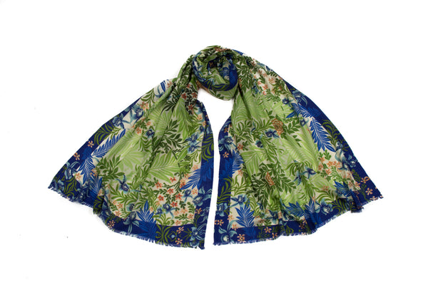 Larkspur Gallery Scarf (Green)