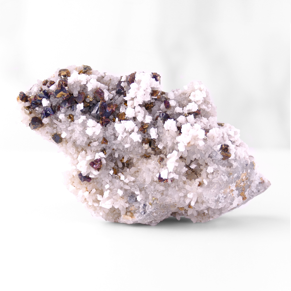 Quartz with Calcite and Chalcopyrite