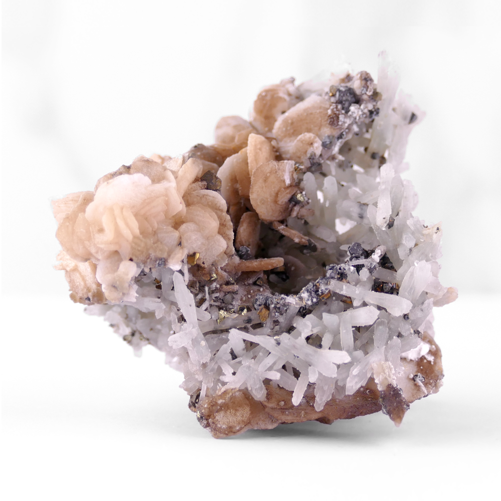 Calcite with Quartz and Chalcopyrite