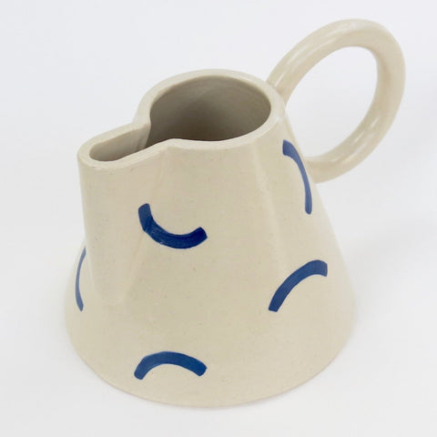 Hackney jug by Sophie Eveleigh with blue squiggle pattern on white clay
