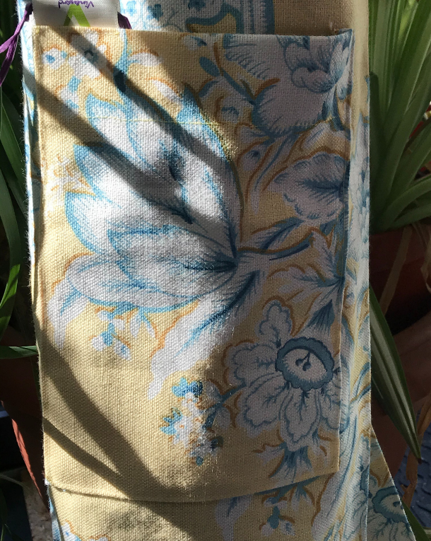nostalgic yellow yoga mat bag close up