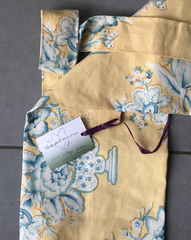 Nostalgic yellow yoga mat bag strap detail