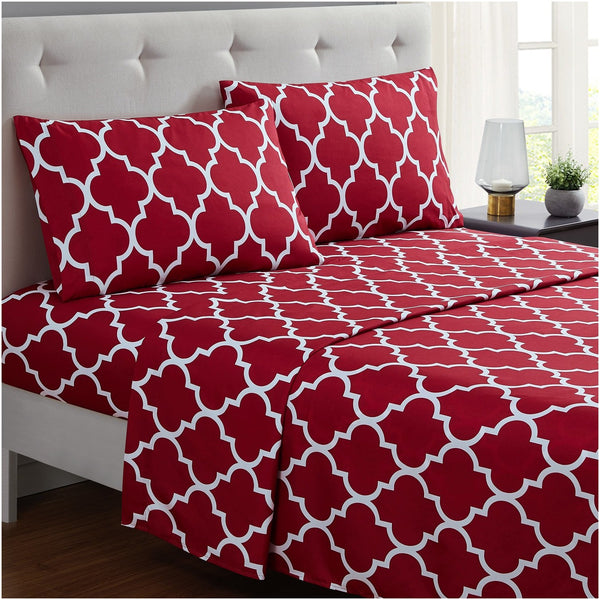Burgundy Red Quatrefoil