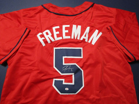 Freddie Freeman Signed Atlanta Braves Red Throwback Jersey (COA) 2020 N.L. MVP