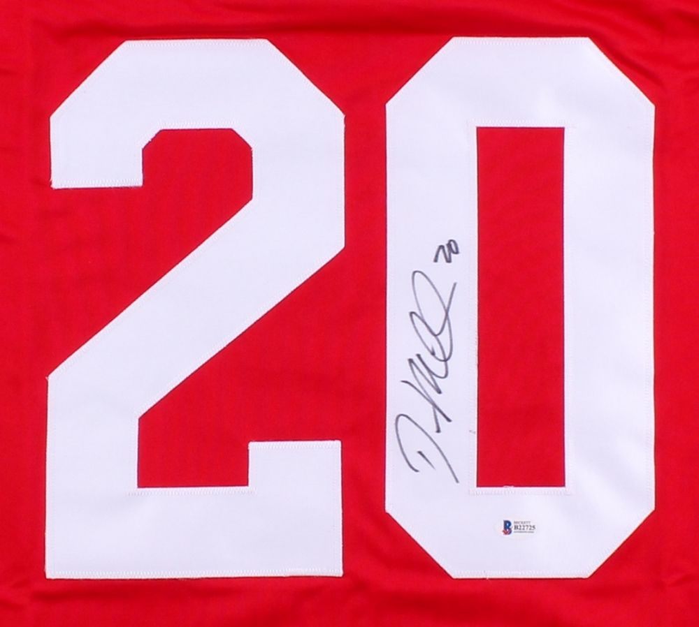 Drew Miller Signed Red Wings Jersey (Beckett) Playing career  2006–present