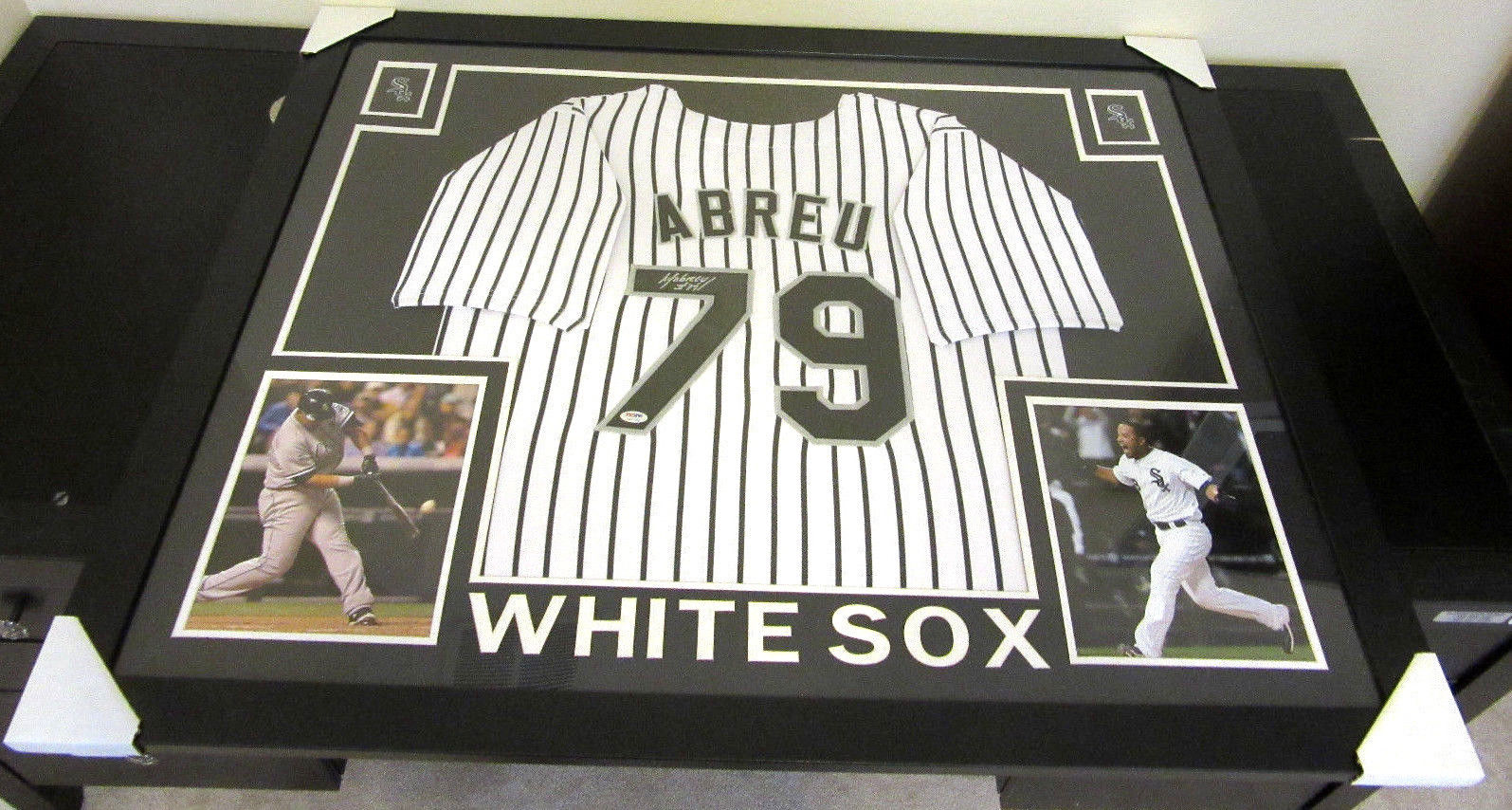 JOSE ABREU AUTHENTIC AUTOGRAPHED FRAMED AND MATTED CHICAGO WHITE SOX JERSEY