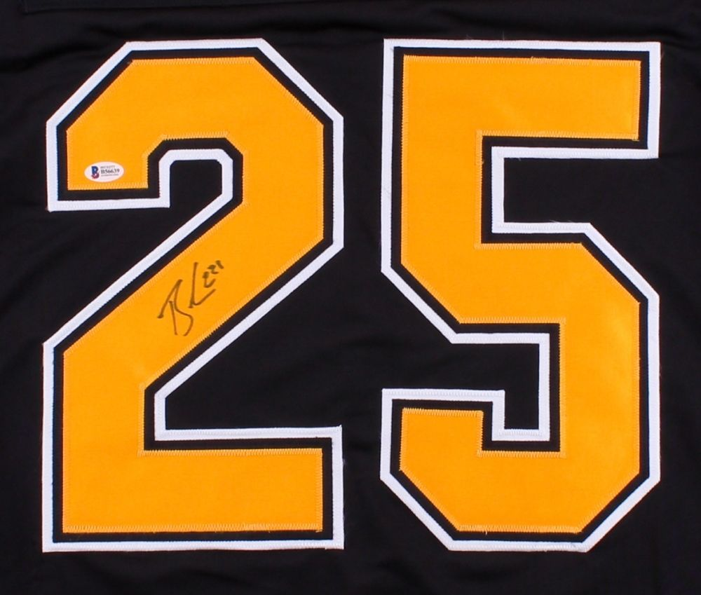 super popular 1c131 27c5c Brandon Carlo Signed Bruins Jersey (Beckett) 37th Overall pick 2015 NHL  Draft