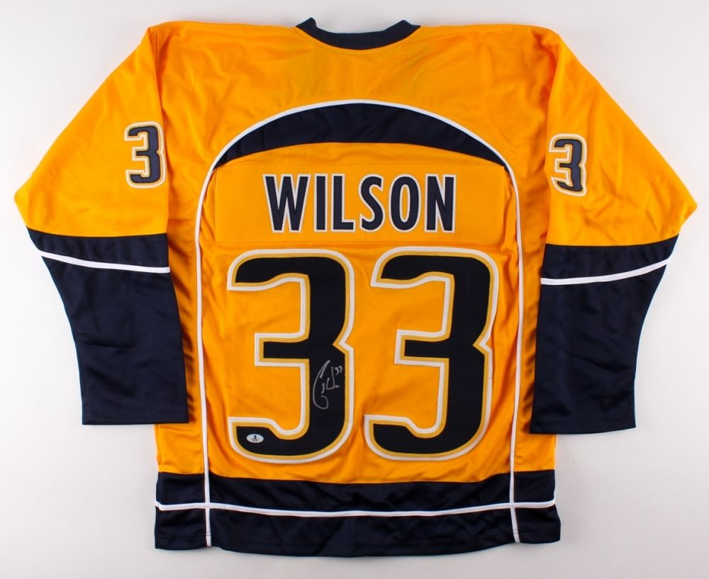 Colin Wilson Signed Predators Jersey (Beckett ) 7th Overall Pick 2008 NHL Draft