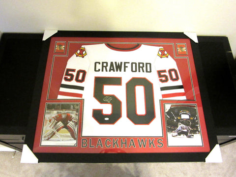 COREY CRAWFORD AUTHENTIC AUTOGRAPHED FRAMED AND MATTED BLACKHAWKS JERSEY