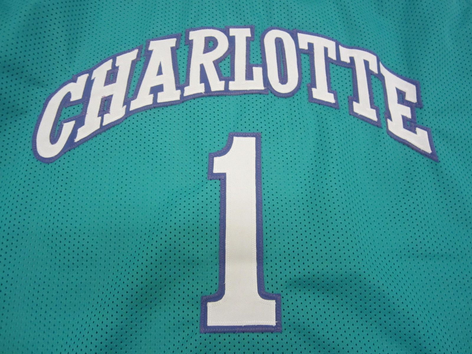 Muggsy Bogues Signed Charlotte Hornets Jersey / Playing career 1987–2001 / COA