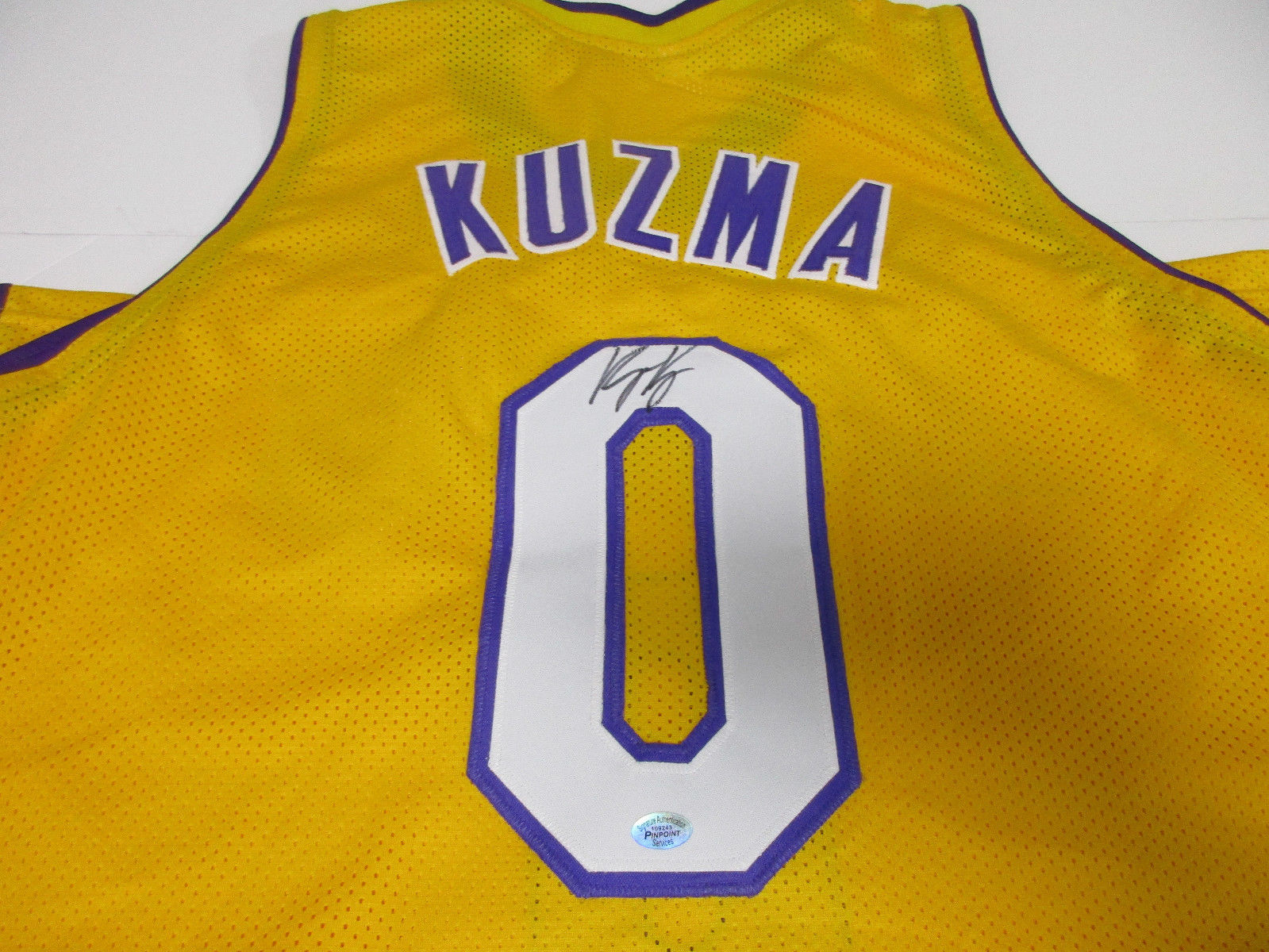 official photos 13e98 58fb4 Kyle Kuzma Los Angeles Lakers Signed Jersey / 1st Round Pick 2017 NBA Draft  /COA