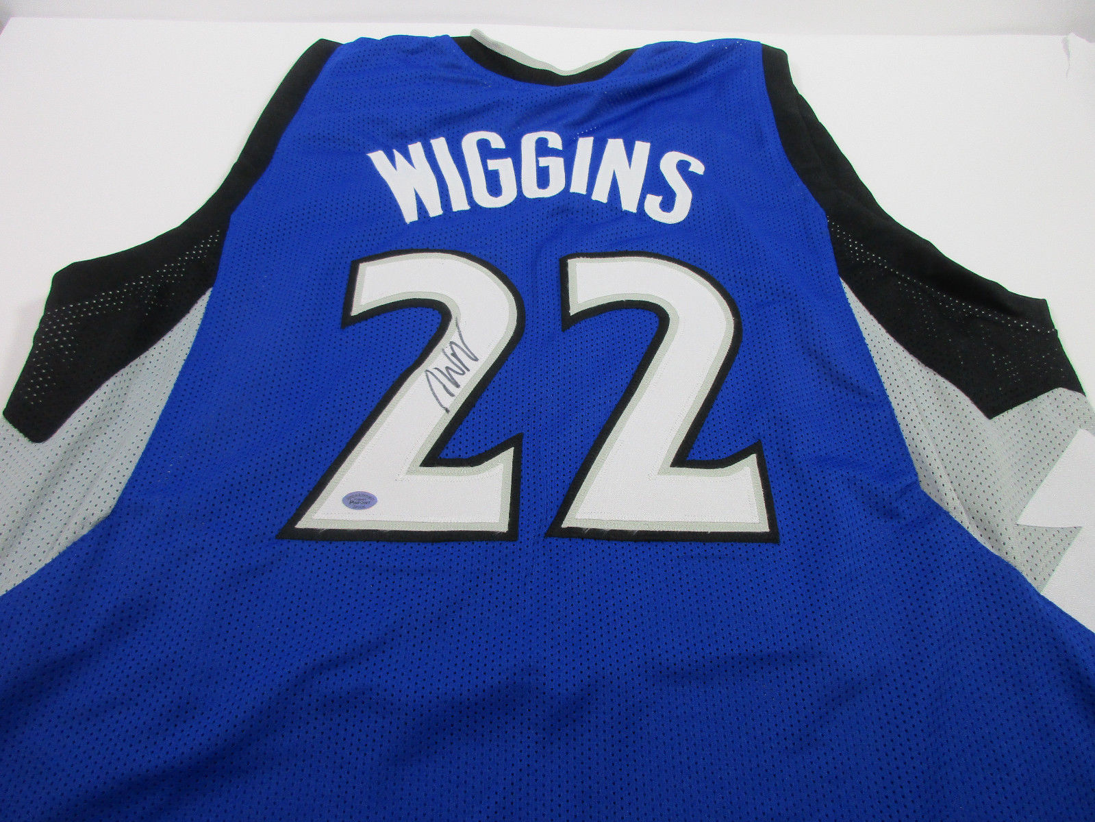 Andrew Wiggins Signed Timberwolves Jersey / #1 Overall Pick 2014 NBA Draft / COA