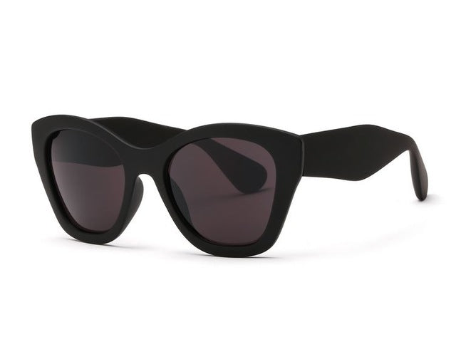 Transparent Frame Oversized Sunglasses - buyandpossess