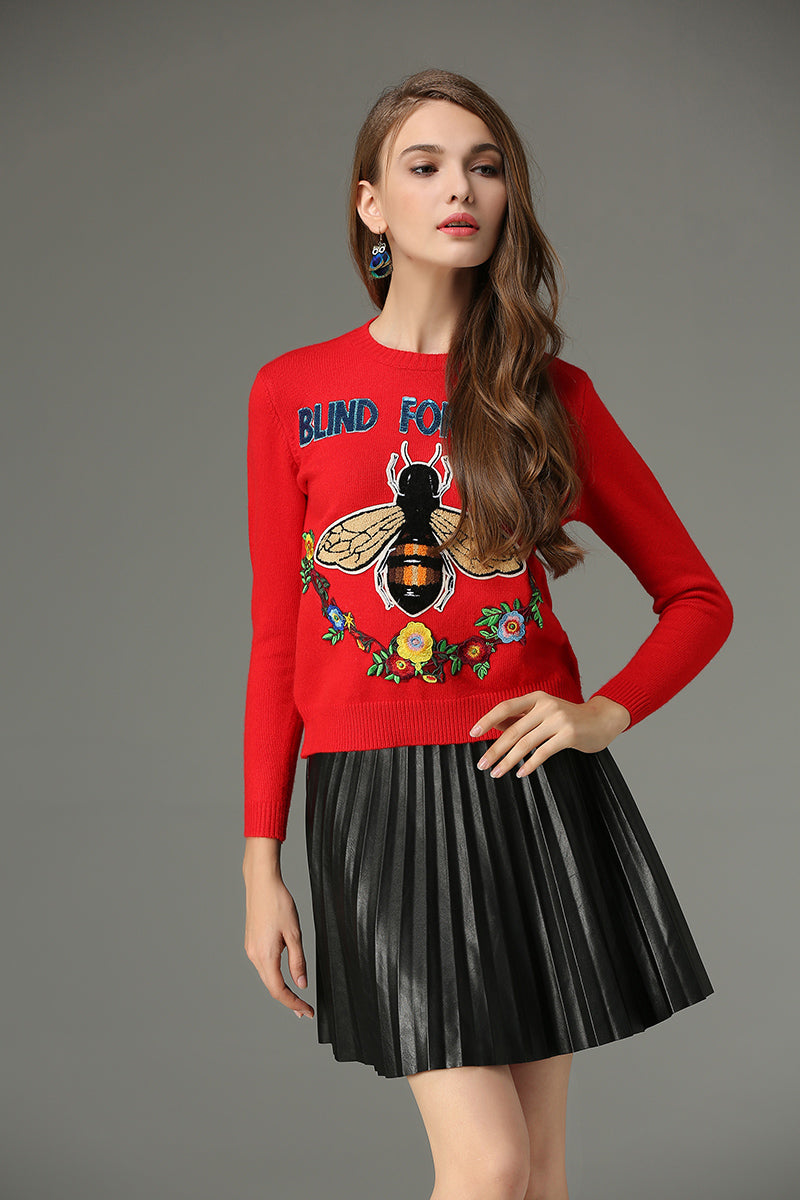 Bee And Flower Embroidery Sweater - buyandpossess