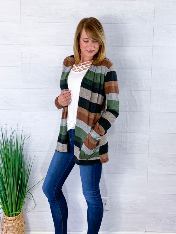 A Fantastic Feeling Cardigan - Hunter Green/Olive