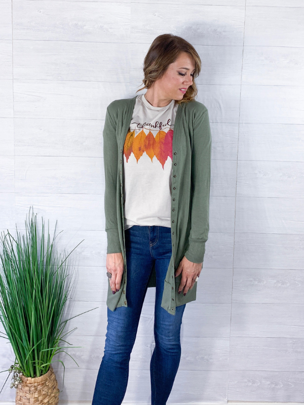 Thankful Leaves Graphic Tee - Heather Dust