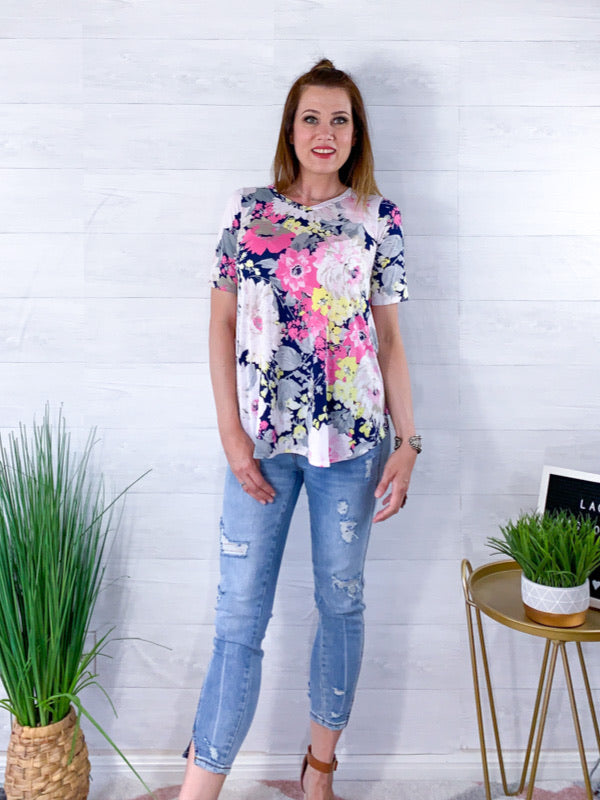 A Gift For You Floral Top - Navy