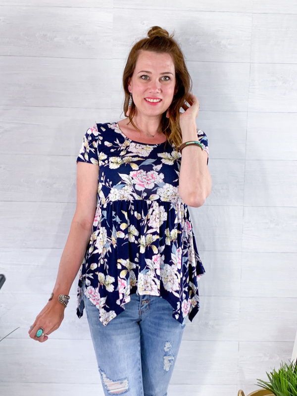 Morning Walk Floral Top - Navy