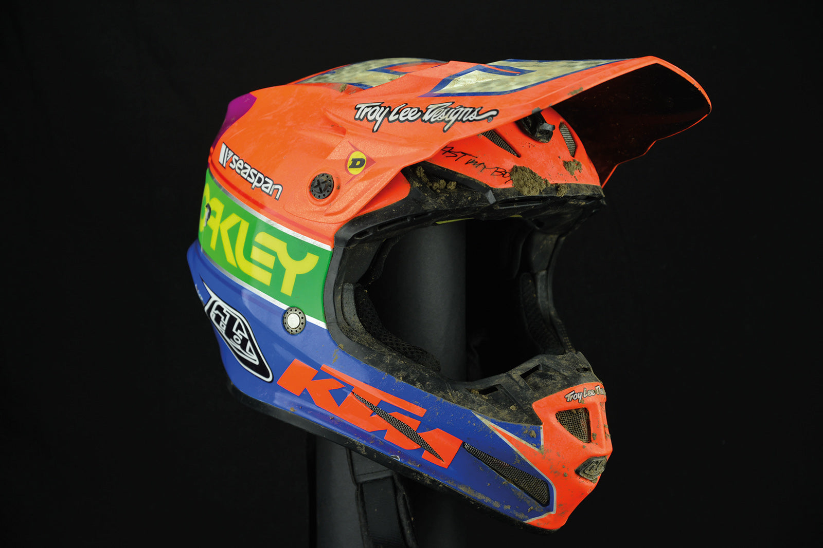 Top5_helmet1a