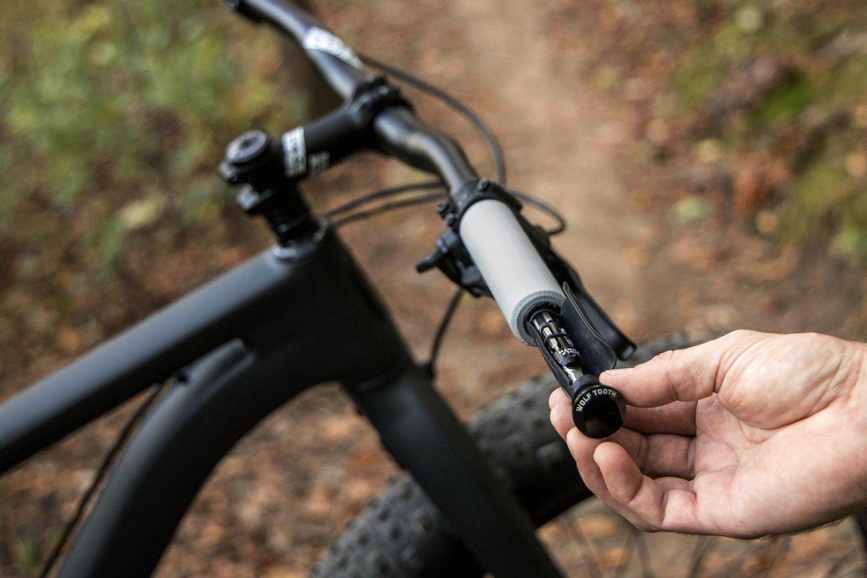 Wolf Tooth-Wolf Tooth Encase Handlebar Sleeves with Barend Plugs-WTENCASESLEEVES-saddleback-elite-performance-cycling