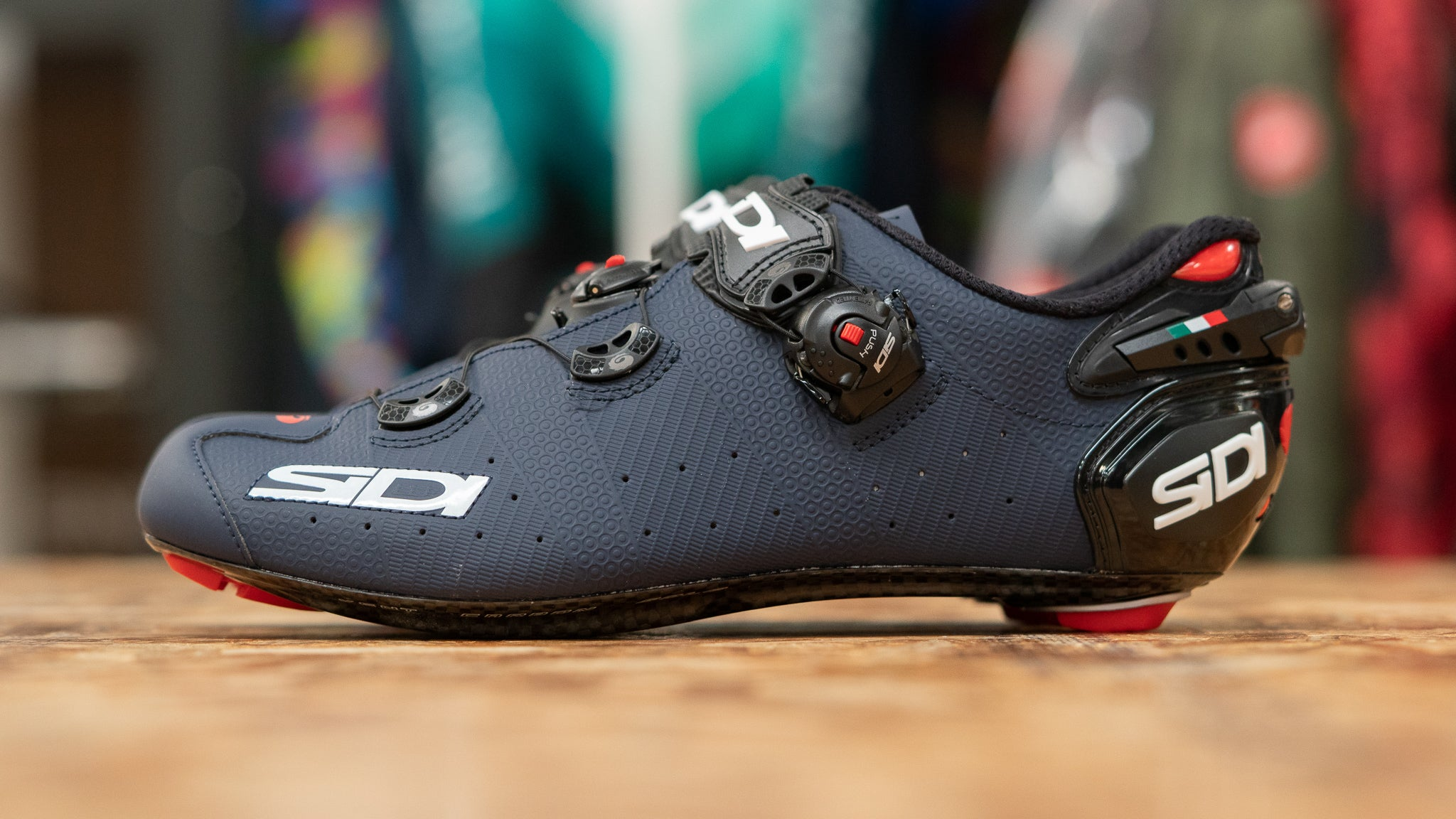 Closeup of Sidi Wire 2 Carbon road cycling shoes