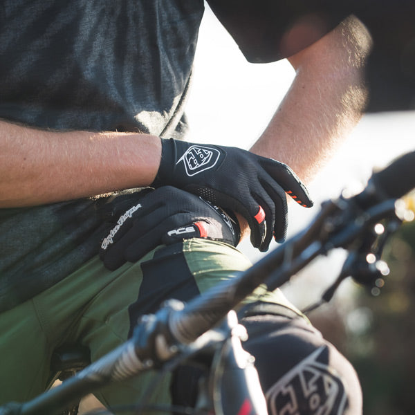 Troy Lee Designs – Shop Gloves