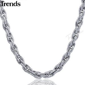 59cm Stainless Steel Necklace w/ Twisted Triple Link Chain