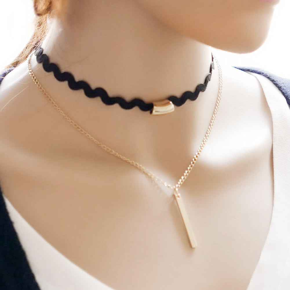 Elegant Choker Necklace w/ Bar