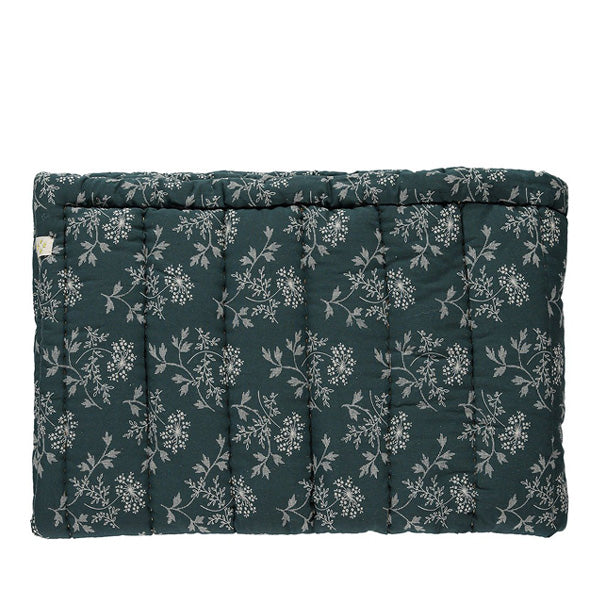 Camomile London Hanako Floral Hand Quilted Blanket – Thunder Blue
