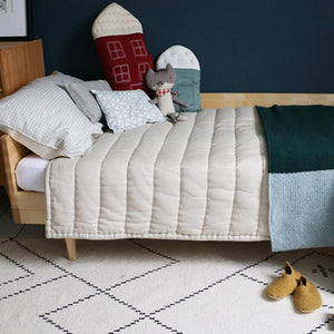 Camomile London Hand Quilted Blanket – Stone