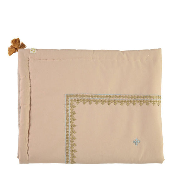 Camomile London Limited Edition Hand Embroidered Reversible Quilt – Peach