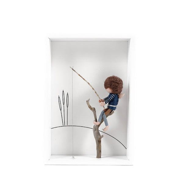 Dorimu Shadow Box Fisherman – White